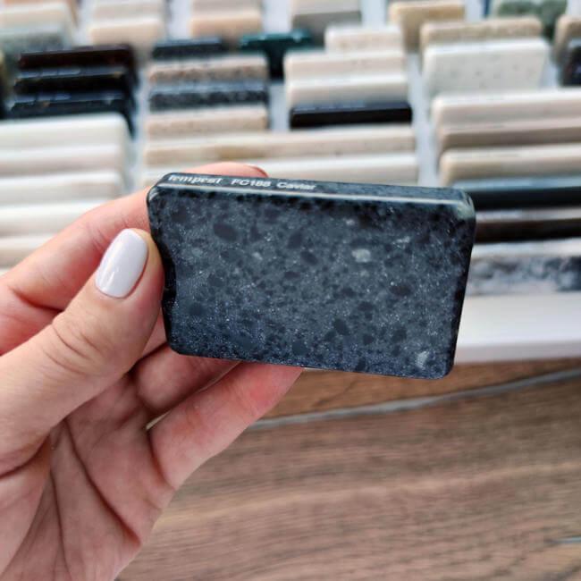 Камень Staron Caviar  FC188