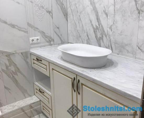 Белоснежная светлая ванная комната